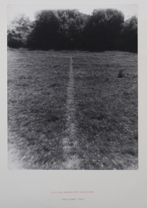 richard-long-i-una-linea-trazada-caminando-i-1967-collection-dorothee-and-konrad-fischer-copy-vegap-barcelona-2012